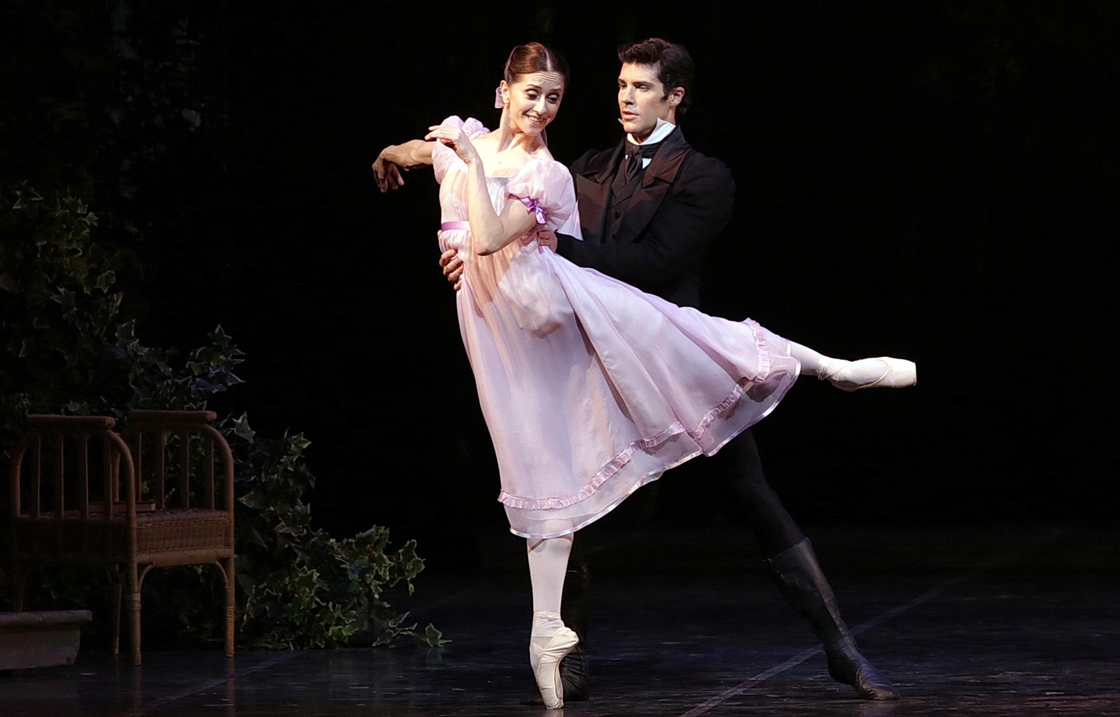Roberto Bolle ritorna alla Scala in Onegin affiancato da Marianela Nuñez